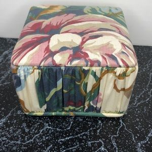 Vintage 80s floral tufted fabric box